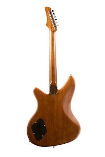 Guitares avec des Patins Recyclés