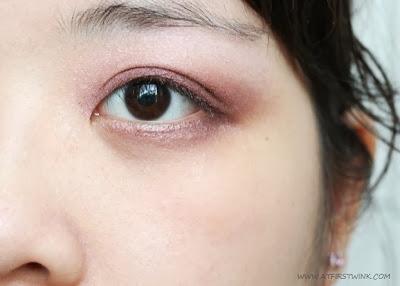 soft, pink, smokey eye with Bourjois Smokey eyes - 05 Rose Vintage