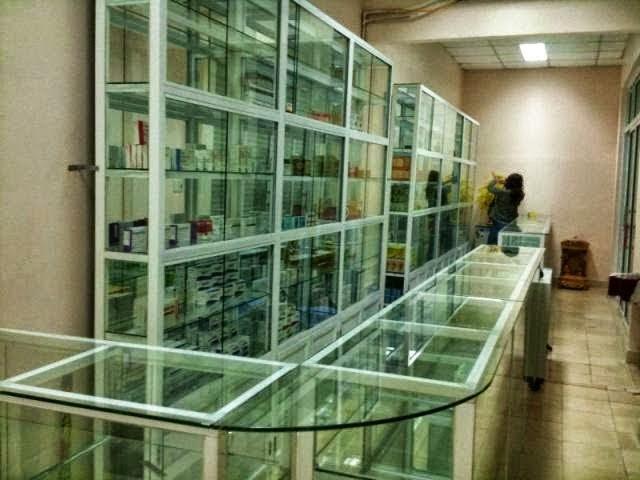 Kết quả hình ảnh cho tủ thuốc tây nhôm kính