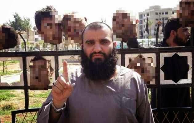 Καλά νέα από το μέτωπο των Τζαχαντιστών! Νεκρός ο τζιχαντιστής με τα 7 κομμένα κεφάλια στη Ράκα