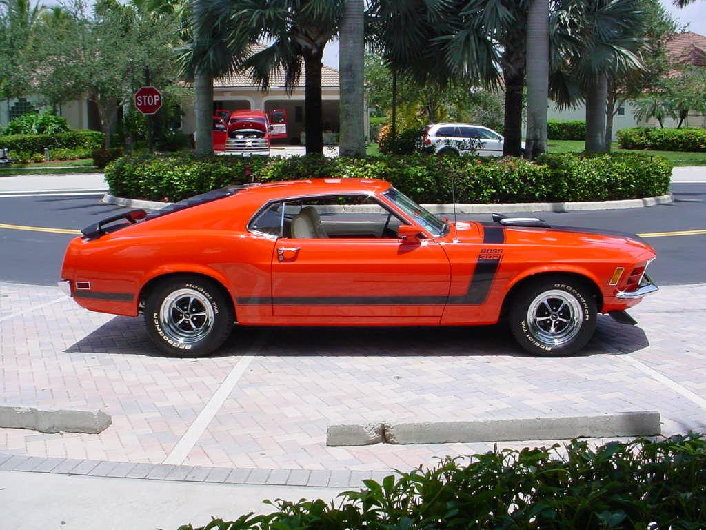 http://3.bp.blogspot.com/-obCLqIKMLww/TbBIyAuEWyI/AAAAAAAALJ4/t1HD5z8eNYA/s1600/1970+Ford+Mustang+Boss+302.jpg
