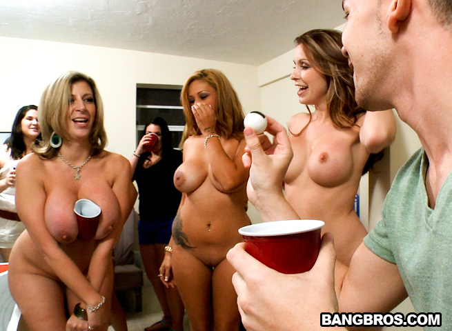 Got It Good – Jamie Valentine, Sara Jay, Courtney Cummz Porn Videos, Porn clips and Hottest Porn Videos from Porn World