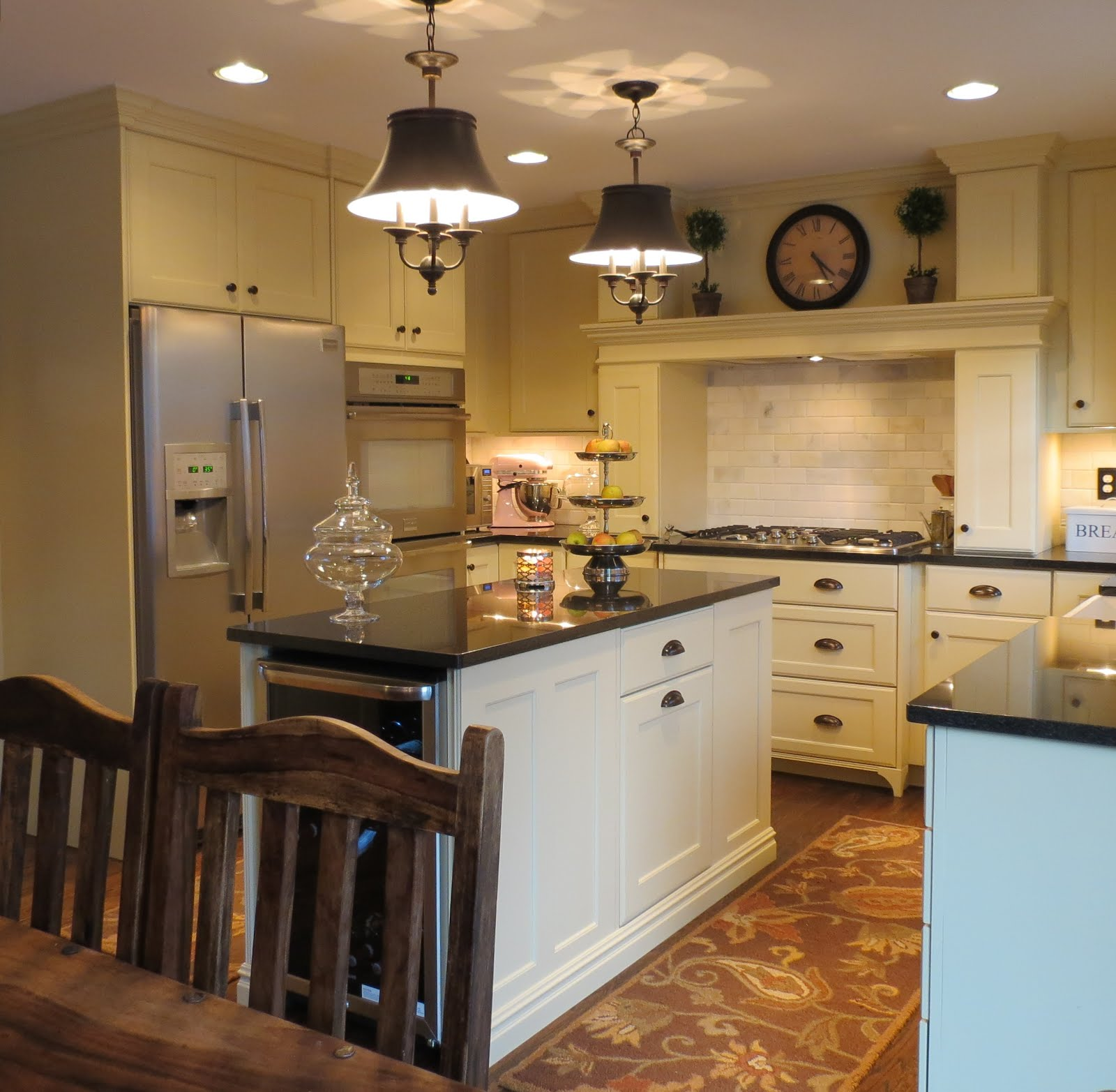 Kc cabinetry design and renovation highlands ranch remodel for Ranch style kitchen cabinets