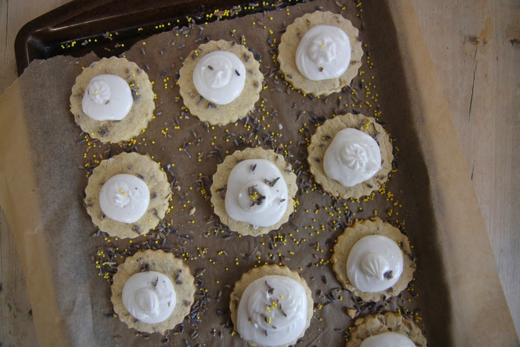 Lemon-Lavender Meringue Pie Cookies