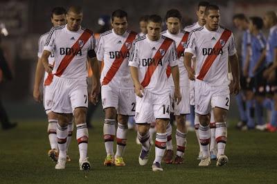 Belgrano le dio la bienvenida a River Plate