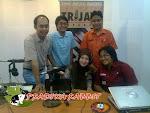 On Air di 104,7 FM Trijaya FM (Sekarang Sindo FM)