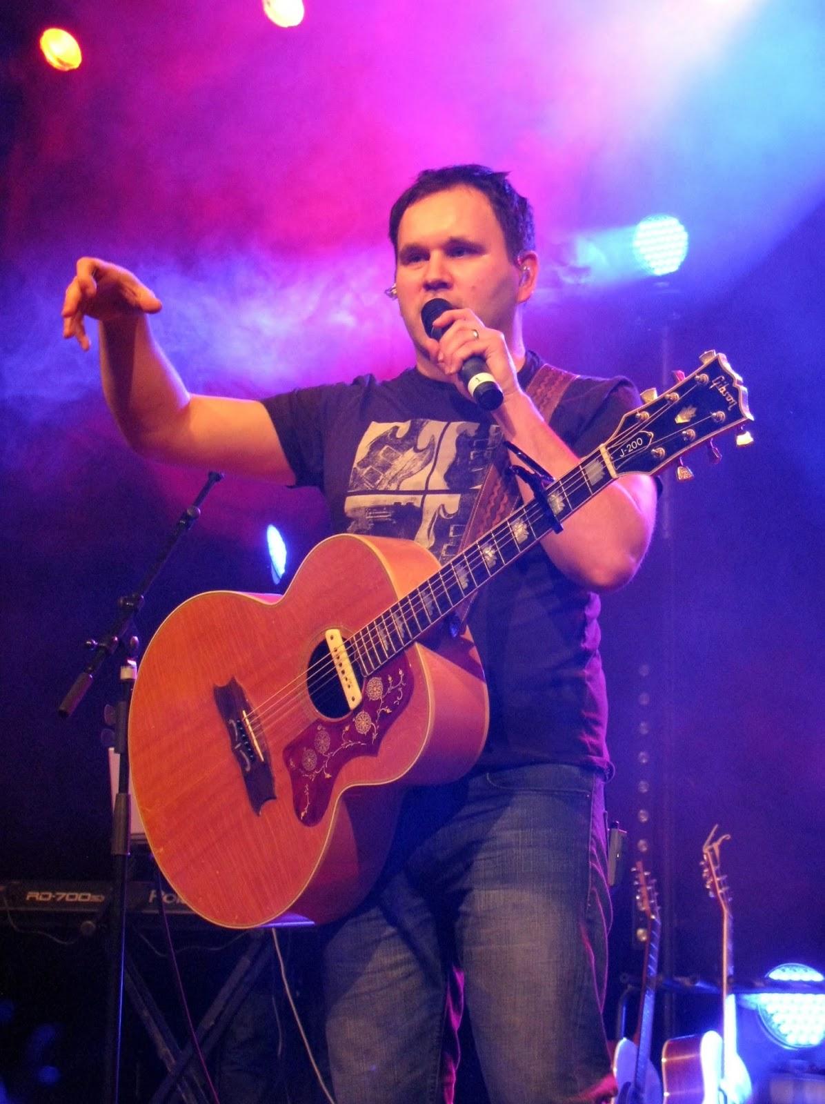 Matt Redman - Unbroken Praise 2015 live concert album