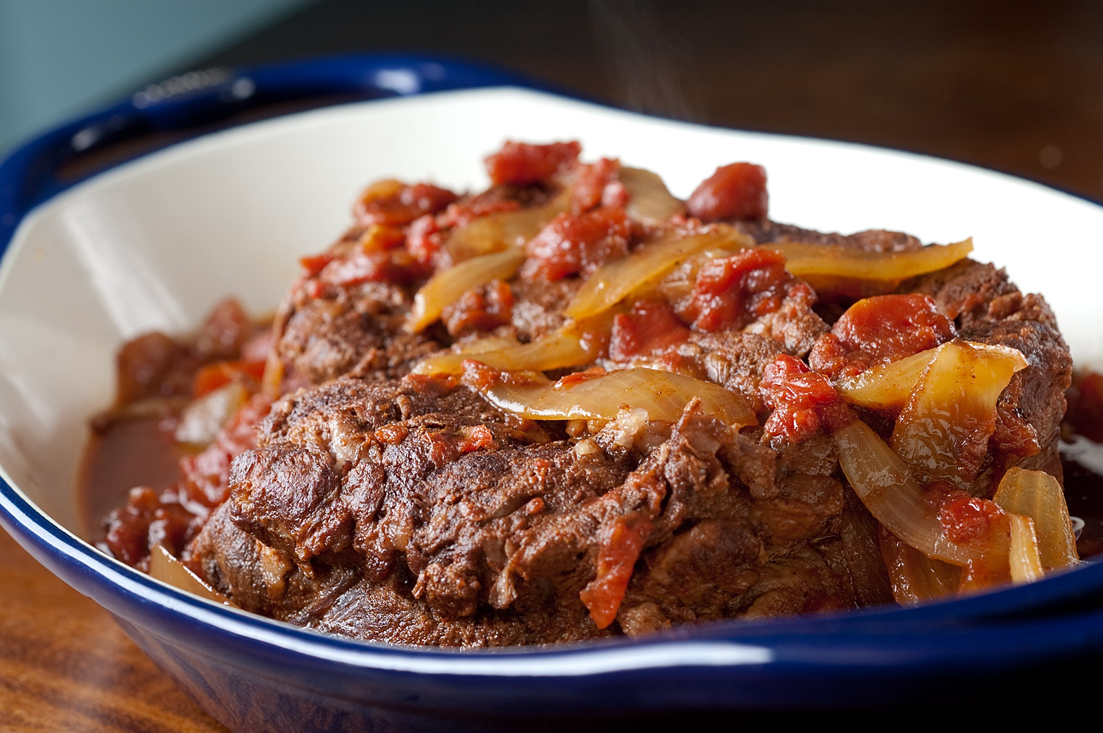 Pot Roast With Tomato Red