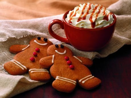 How to Make Your Favorite Holiday Coffee Drinks | College Gloss