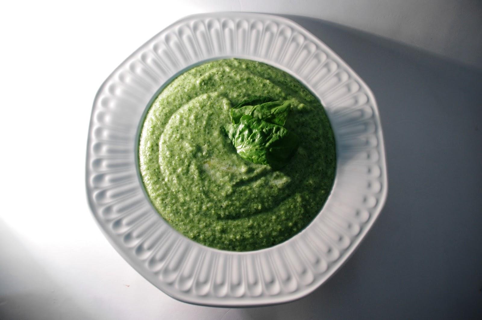 crema de brócoli con espinacas y queso mascarpone