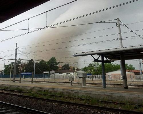 Italian_tornado_photo