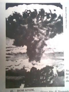 sejarah bom atom hirosima dan nagasaki di jepang pada perang dunia dua, kronologi bom atom di hirosima dan nagasaki