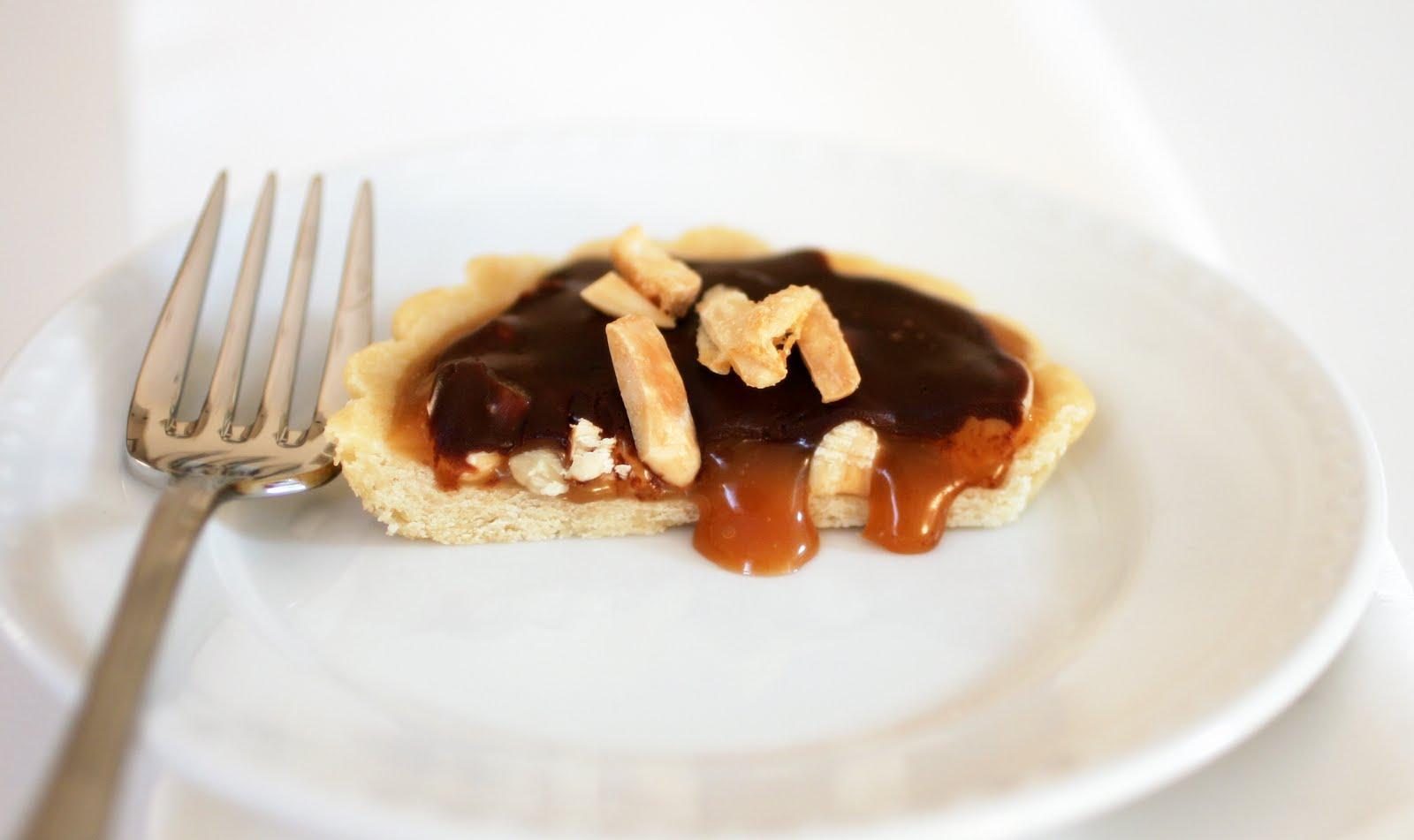 Tish Boyle Sweet Dreams: Chocolate Caramel Almond Tartlets