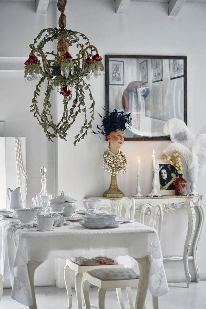 Decor Inspiration At Home With Erika Cavallini In Modena