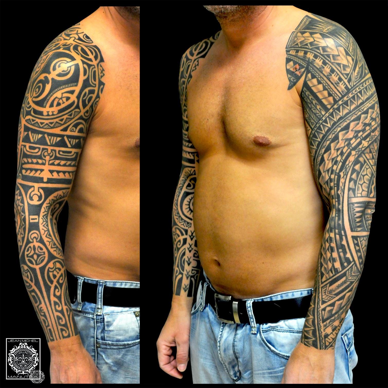 tatouage tribal polynésien - Polynésien & maori Corps en folie photos et images de