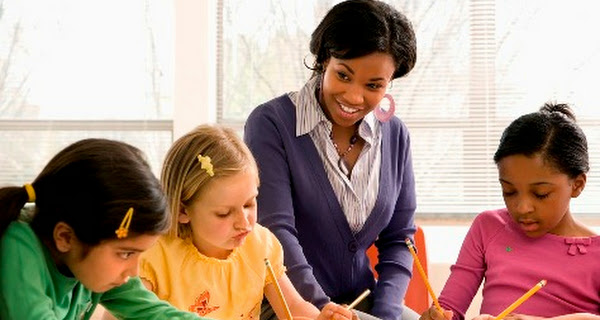 Peranan Guru dalam Pembelajaran menurut Paradigma Konstruktivistik
