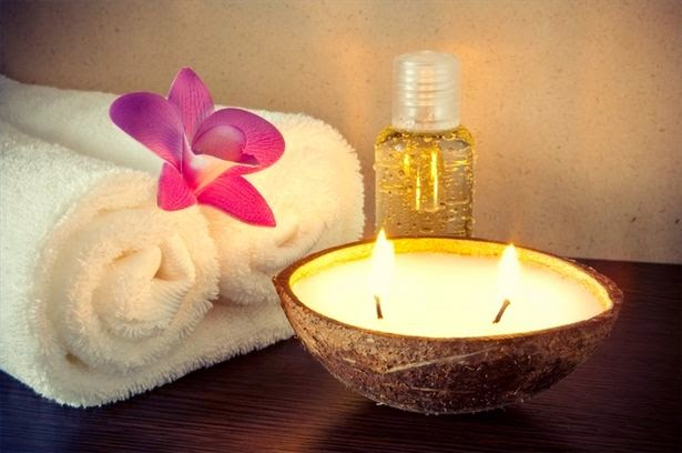 Traveling posh 10 ideas for a relaxing spa day at home for How to make a spa at home