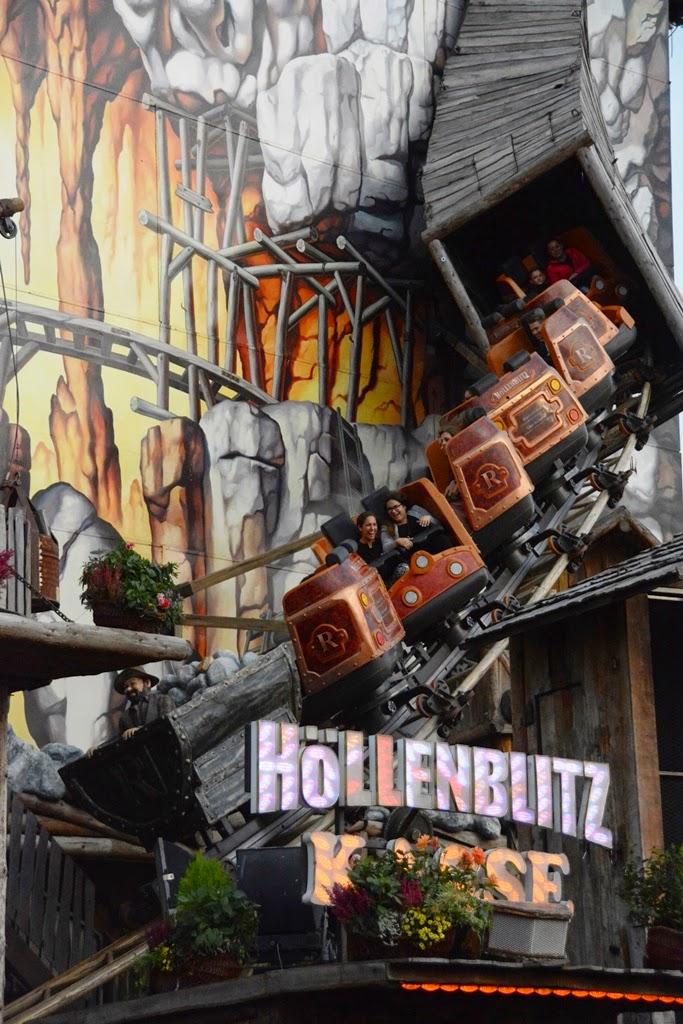 Oktoberfest Carnival 2014 Hollenblitz