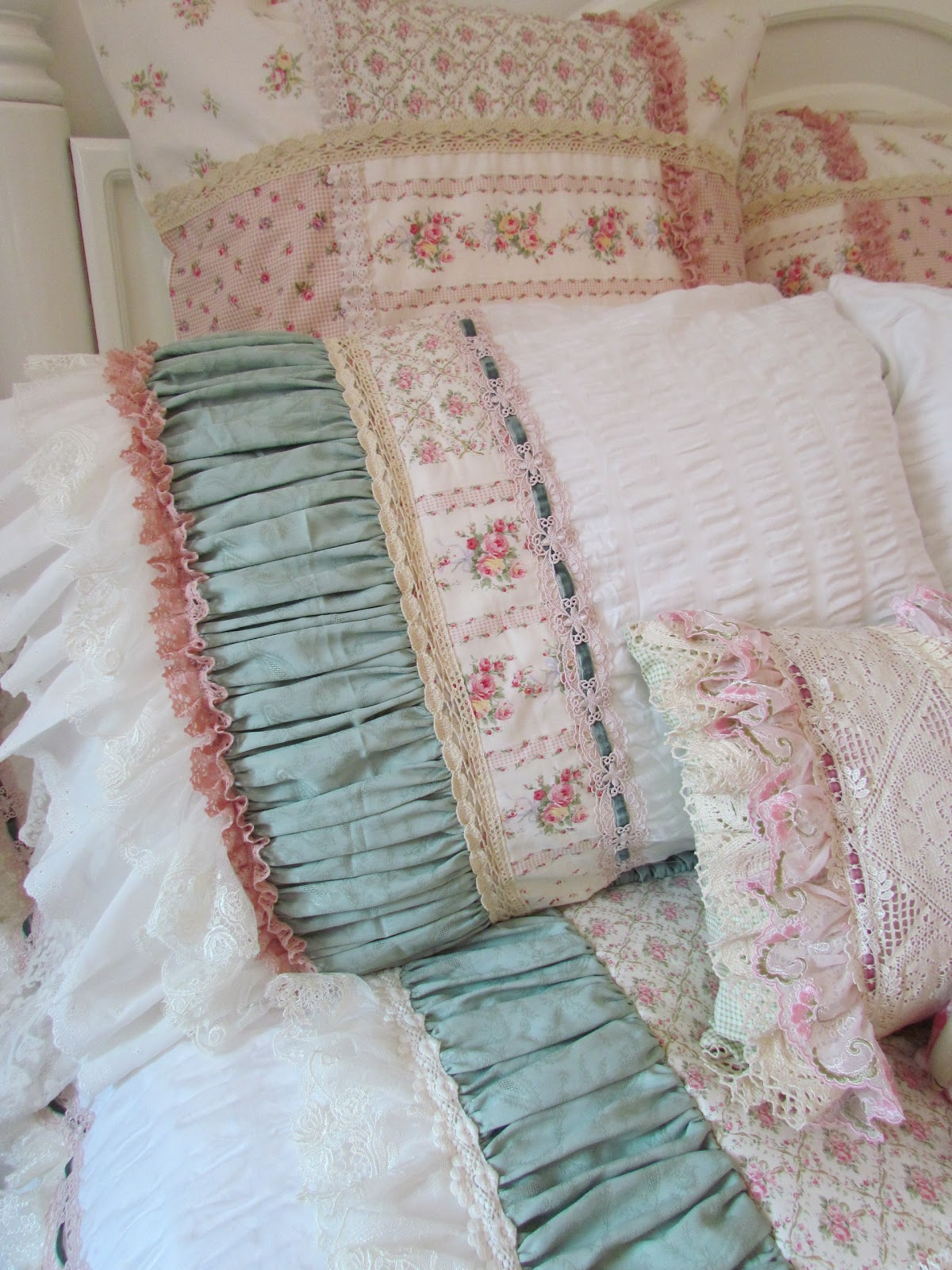 Shabby Chic Bed Pillows : Angela Lace: Frilly Bed Cover