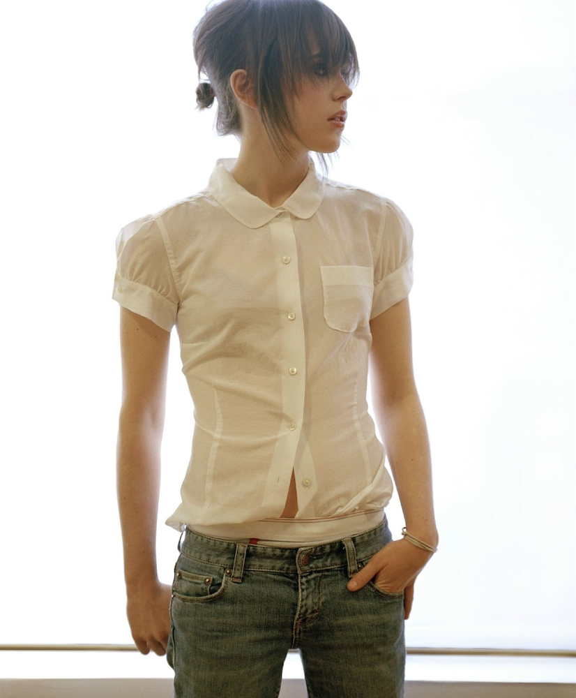 Ellen Page Hot Pics & Wallpapers