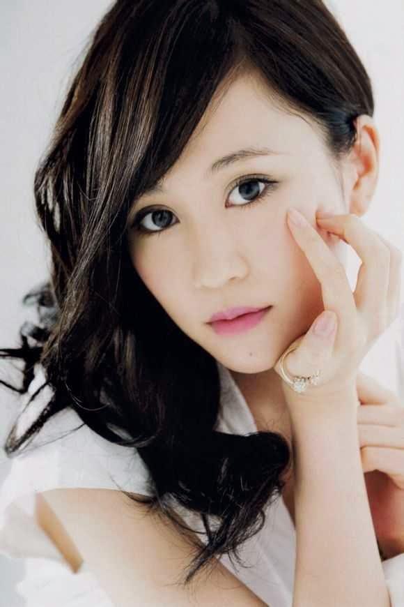 Atsuko Maeda sexy