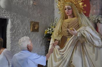 Paco Luna y la Virgen de la Victoria
