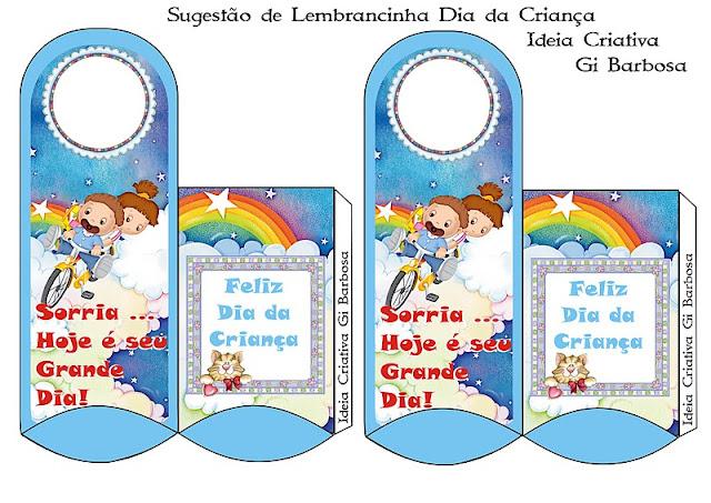 Sugestão de Lembrancinha para o Dia da Criança Cabide de Porta