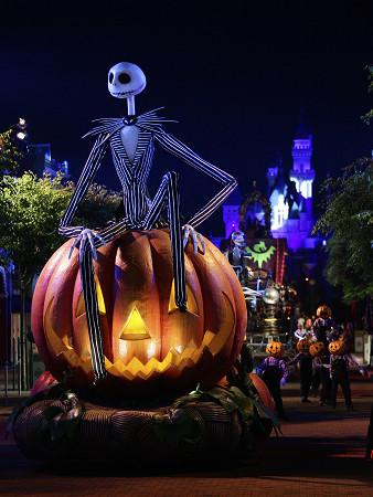 [Hong Kong Disneyland] Disney's Haunted Halloween 2011 %25E8%25BF%25AA%25E5%25A3%25AB%25E5%25B0%25BC%25E9%25BB%2591%25E8%2589%25B2%25E4%25B8%2596%25E7%2595%258C+2011+%25E5%25A4%259C%25E5%2585%2589%25E9%25AC%25BC%25E9%25AD%2585%25E5%25B7%25A1%25E9%2581%258A