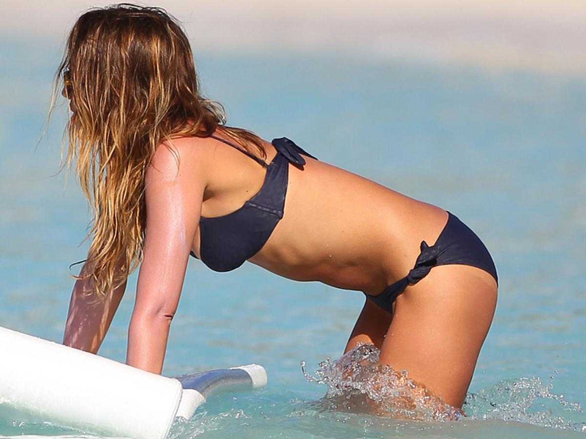 Jessica Alba, bikini pictures 2013