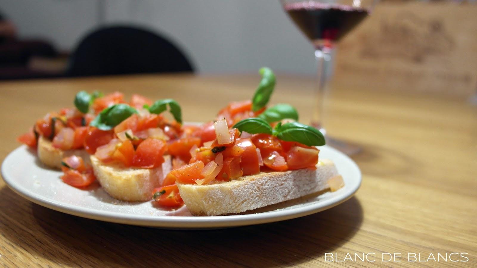 Tomaattibruschetta ja Chianti - www.blancdeblancs.fi