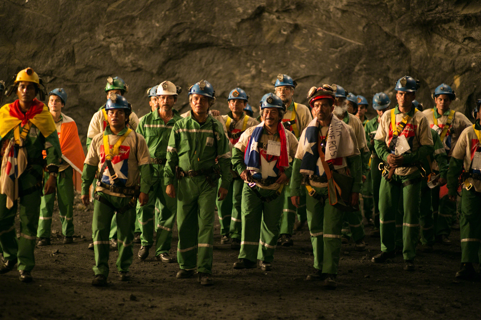 the chilean miners los 33 essay Chile miners rescue essay:: 9 works cited essay about chile mine - 5th august 2010, 33 chilean miners were trapped 2,000 feet underground for over two weeks.