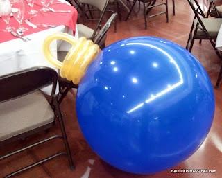Christmas Balloon Decoration - Ornament