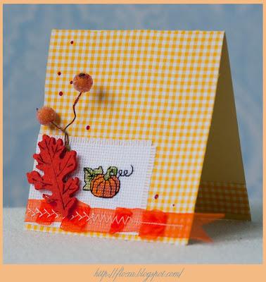 открытка с вышивкой, вышивка и скрап, вышивка тыква, вышивка тыковка, тыква маленькая, осенняя открытка, скрап осень, открытка в клеточку, скрап желтый, оранжевый скрап