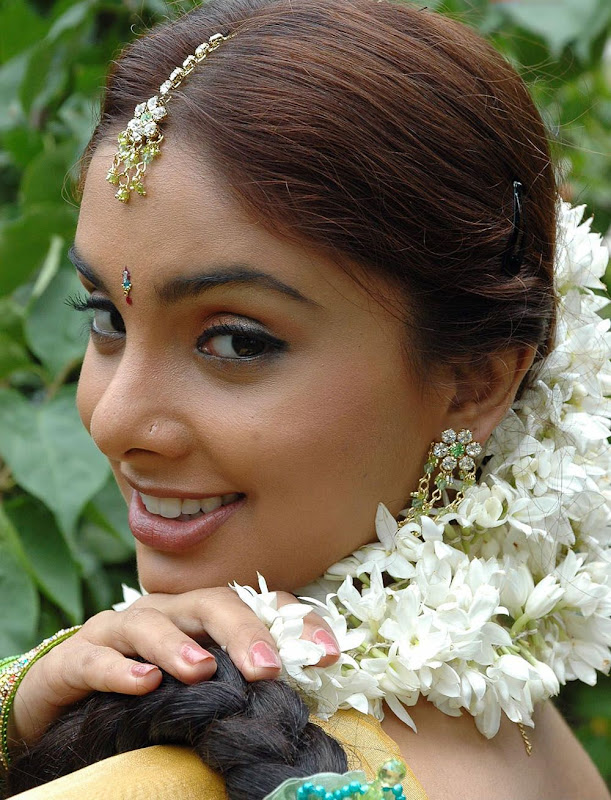 Actress Rineelrouth Hot Photos Gallery hot images