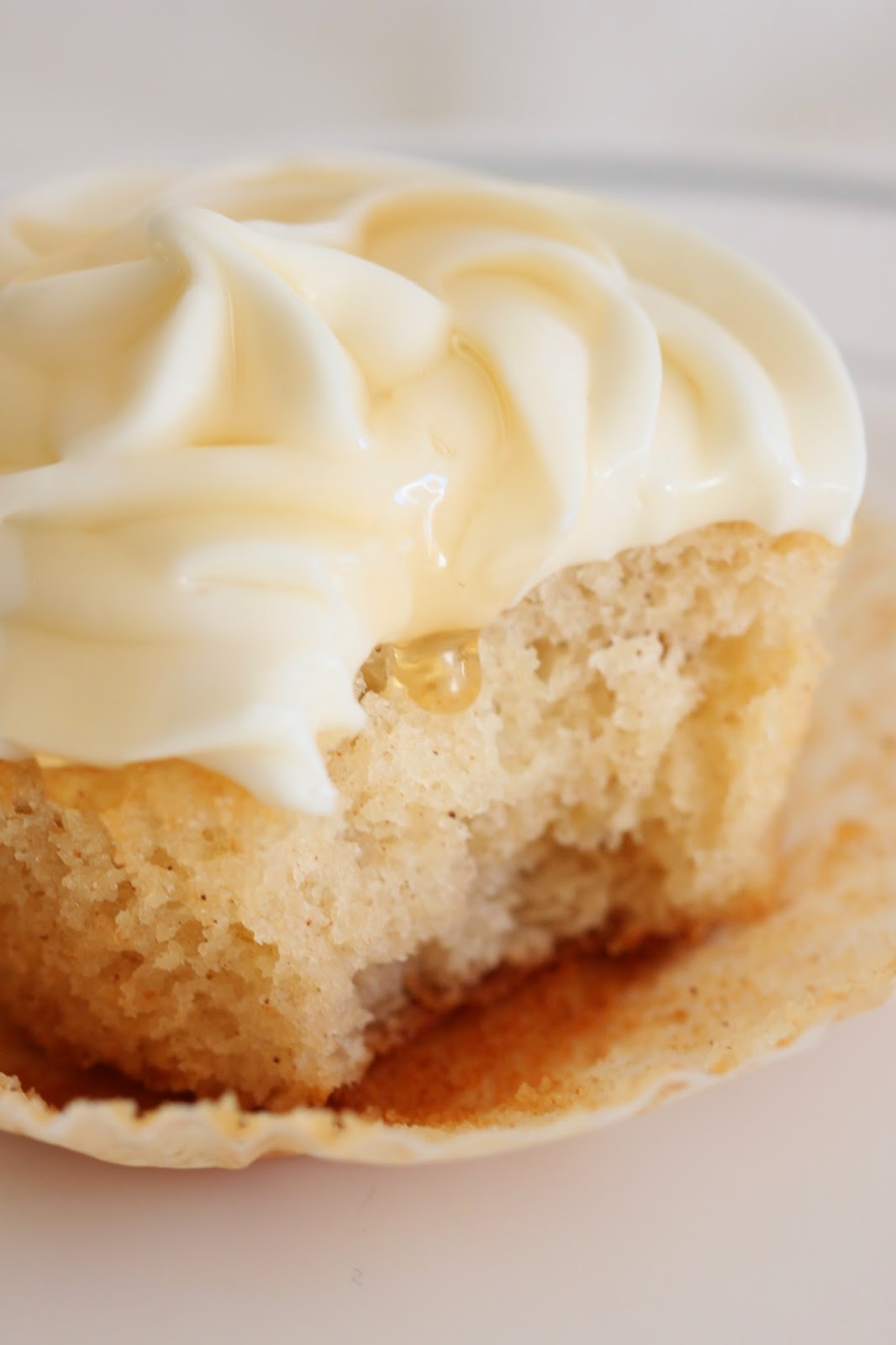 Honey Lemon Cupcakes | Tortillas and Honey