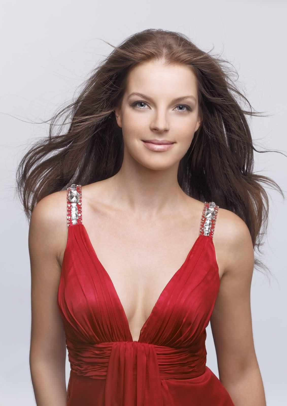 http://3.bp.blogspot.com/-odVyUK07s2U/TzqyItikdZI/AAAAAAAAAaE/MZ4-k-jR8hc/s1600/Sexiest+Yvonne+Catterfeld+%289%29.jpg