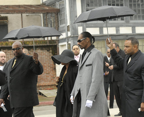 nate dogg funeral pics. dresses rap legend Nate Dogg,
