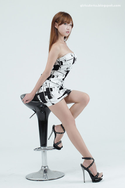 So-Yeon-Comic-Dress-07-very cute asian girl-girlcute4u.blogspot.com
