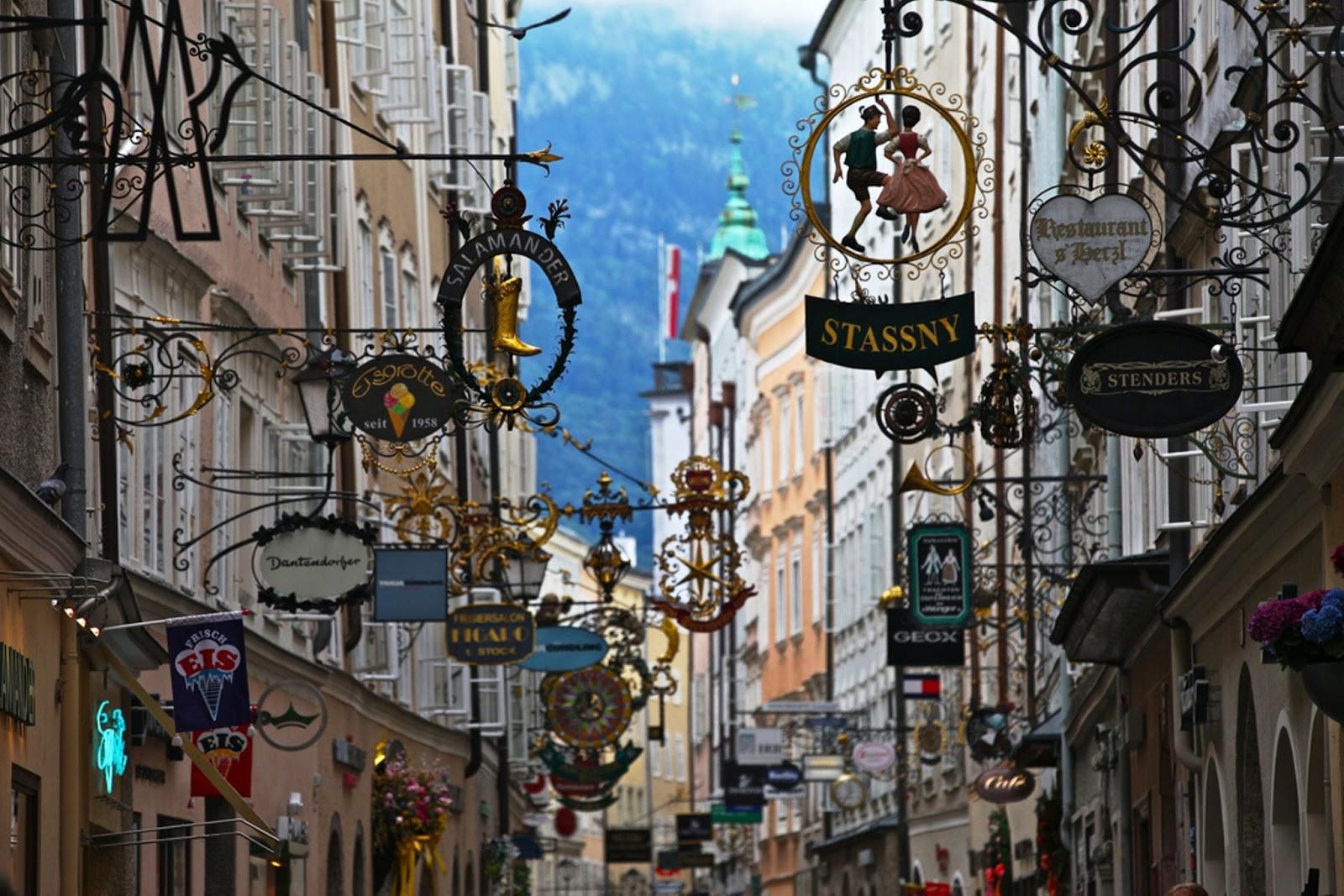 salzburg a voyage to salzburg austria sterreich europe online travel news. Black Bedroom Furniture Sets. Home Design Ideas