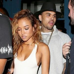 Chris Brown exibe sua namorada em rede social se achando o cara