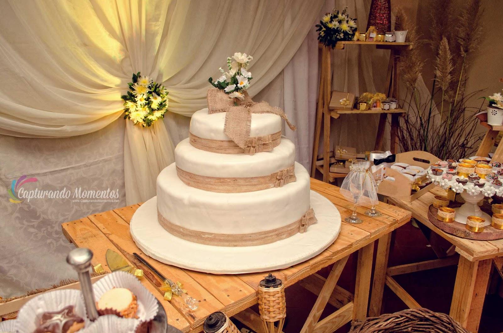 Torta Matrimonio Rustico : Torta en rustica capturando momentos