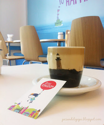 pasandolopipa : café en little kingdom madrid