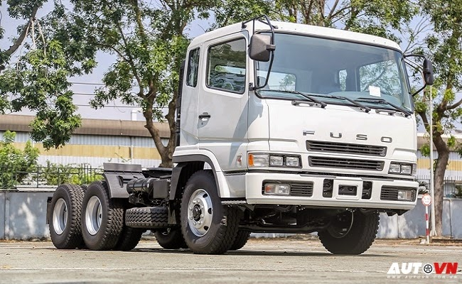 FUSO Tractor