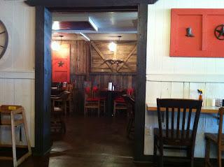 Bryan's Smokehouse Bar-B-Q BBQ Barbecue Barbeque Lufkin Texas Restaurant Impossible Robert Irvine