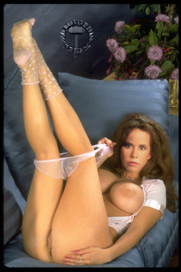 young linda blair fakes