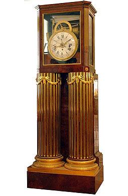 Музыкальные часы 1780-е гг. Давид Рентген (корпус), Питер Кинцинг (механизм) Германия, Нейвид