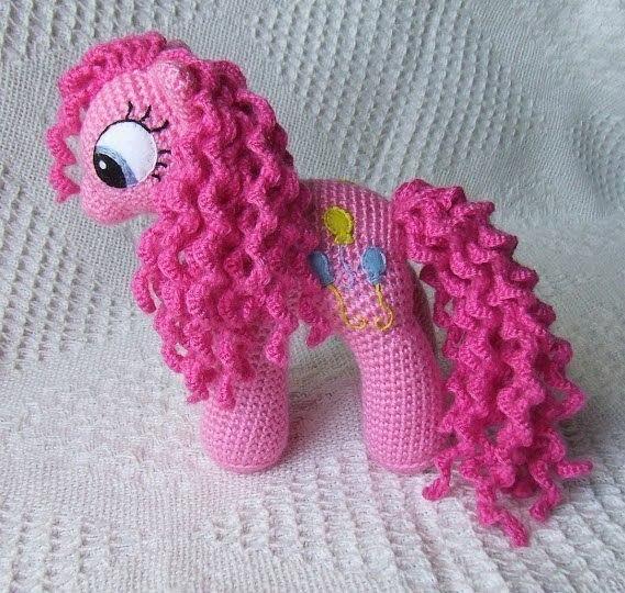 Как связать маленькую пони