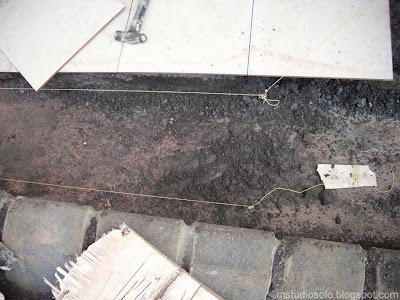 pemasangan lantai keramik langkah 1