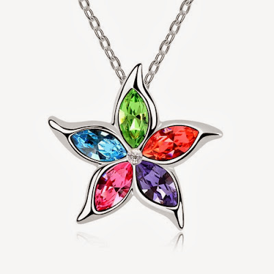 Fashion Colorful Rhinestoned Flower Pendant Necklace For Women