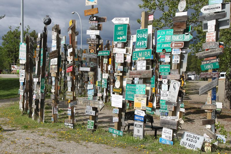 sign-post-forest-9